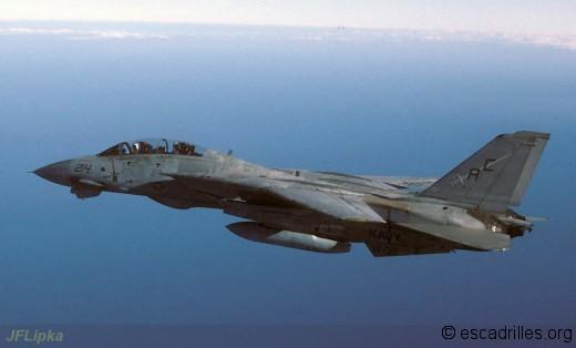 F14_216_VF32_jfl