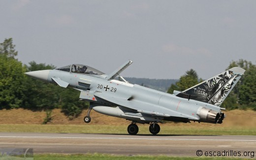 Typhoon_30+29_74_fb