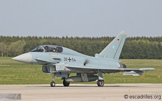 Typhoon_30+54_73_fb