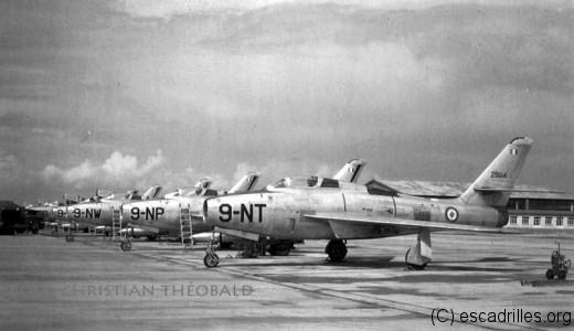Le F-84F mis 5 mois pour investir totalement la BA 128
