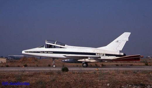 F100F_N419FS_DR-Aviascribe