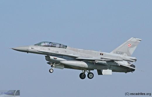 F16_4086-Pol_fb