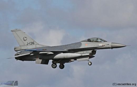 F16_J-136_fb