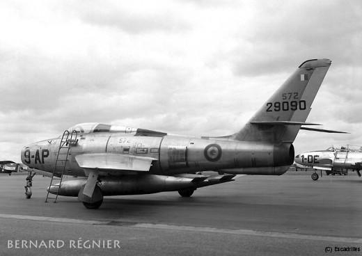 F84F_1965_9-AP_br