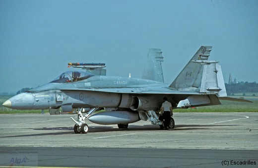 F18_1986_CAF747