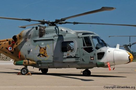 Un Lynx croqueur de 'sub'' et la silhouette d'une frégate ASM: bon résumé