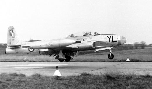 T-33 du GE 314 à l'atterrissage en 1968