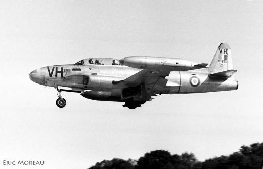 Le 21255 est un T-33 canadien, construit par Canadair (vu en 1968)