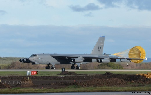 Un des trois B-52H à son arrivée à Moron (Espagne) (Photo Joseph Raatz)