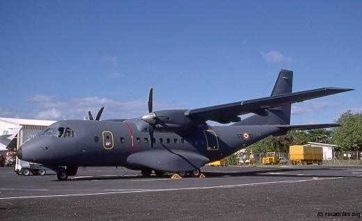 Le 066 de l'ETOM 52, déjà transformé en oiseau gris, en 2001