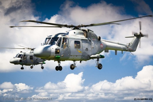 Vol en patrouille de 2 Lynx de la Flottille 34F