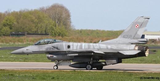 F-16C Block 52 CF, polonais, tigre et body – buildé