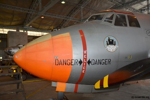 Très bien préservé, le Dassault 312, avec insigne de l'EL 43 Médoc