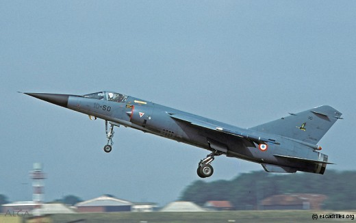 F-1C côté SPA 93, une escadrille affectée au ... 2/30 Normandie-Niémen