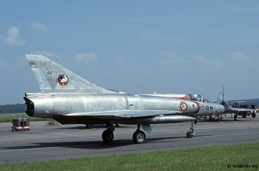 Mirage IIIC du 2/10 Seine vu en août 1977
