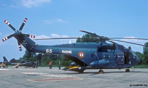 Toujours en 1983, mais avec la deuxième livrée portée par les SA 321