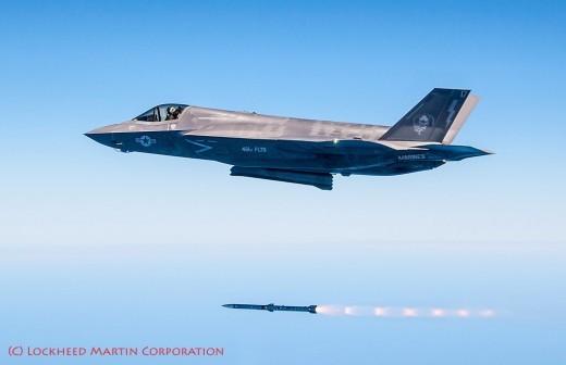AMRAAM: le seul armement air-air qualifié sur le Block 3i