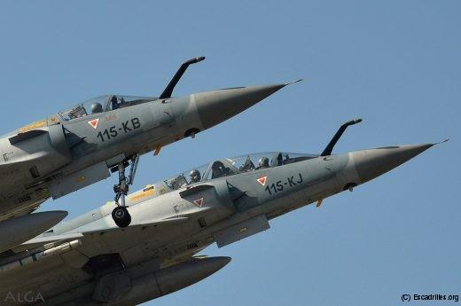 Le 2/5 assure la transfo de tous les pilotes sur 2000 et sa mission opérationnelle