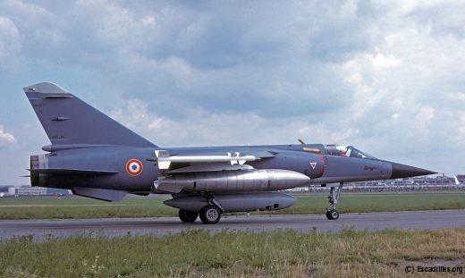 Jusqu'au début des années 1980, Dassault met le F-1 en avant