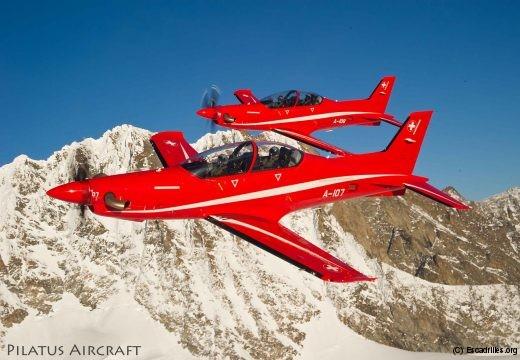 Pilatus pousse le PC-21 en tant que 'total trainer'