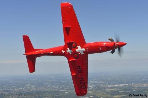 Le PC-21 approche les performances des monoréacteurs d'entraînement