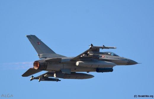 F16_RDAF_207_ag