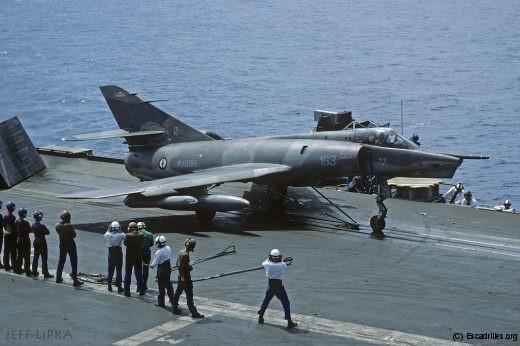 Catapultage dans 1 seconde à bord du Foch en août 1993