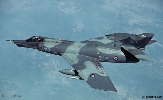 Juin 1993, le 16F-163 en mission