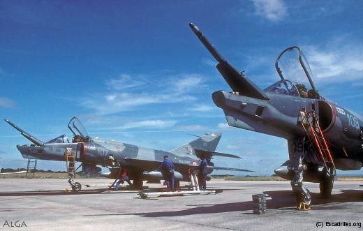 Deux des derniers Etendard IVPM, vus à Landi en août 1999